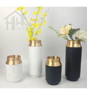 HH Gold Colour Electroplated Metal Planter Pot with Resin Round Base